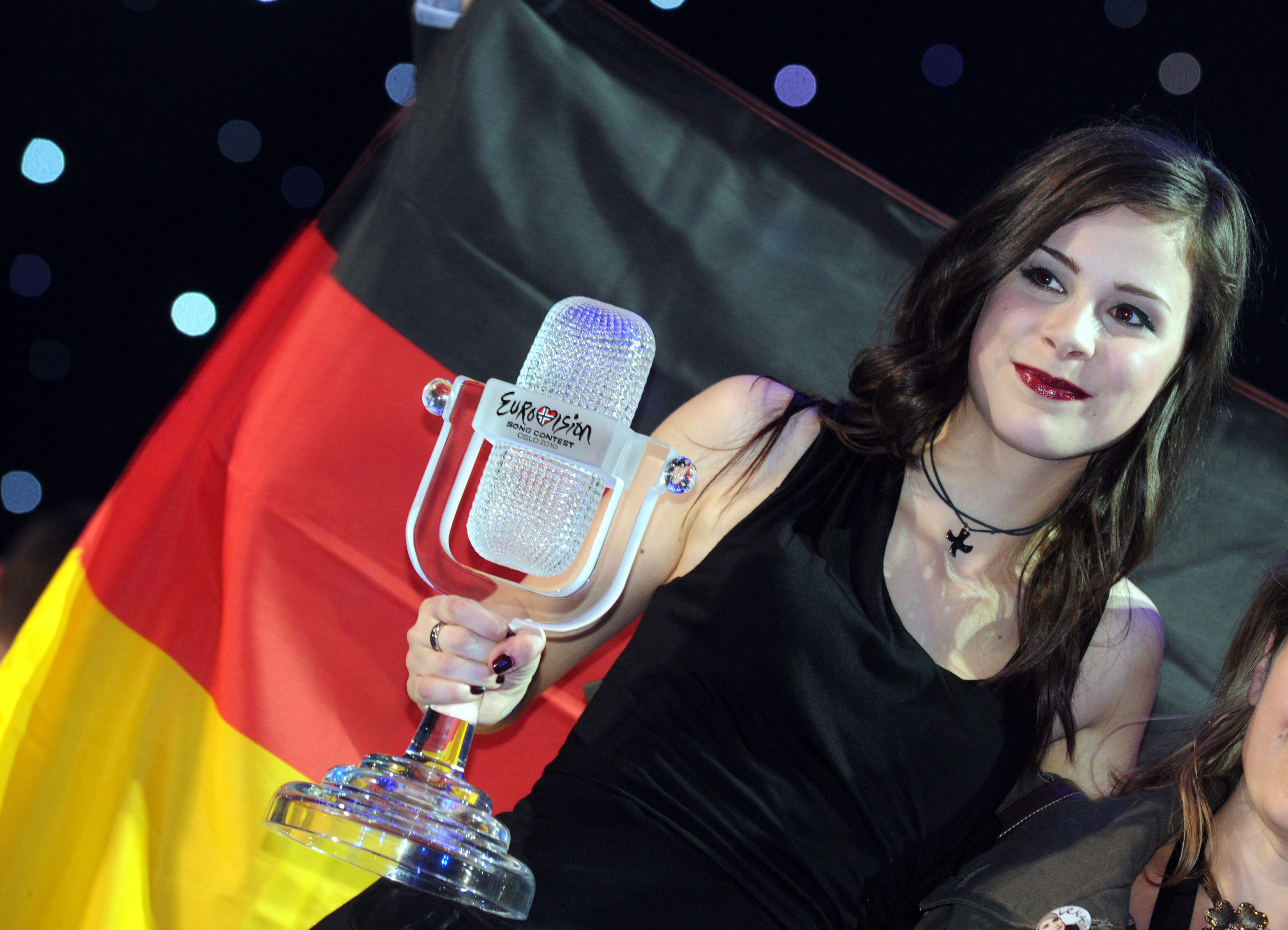 Lena Meyer Landrut Winner Of Eurovision Song Contest 2010 Hq Pics 09 Gotceleb