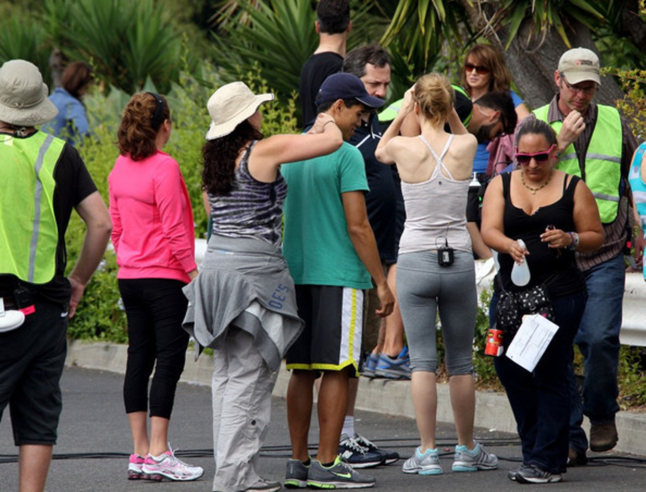 Leslie Mann Workout In Spandex for This is Forty – LA-06