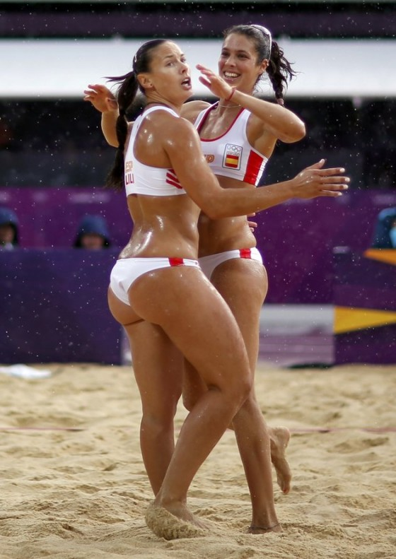 Liliana Fernandez hot at Olympics-13
