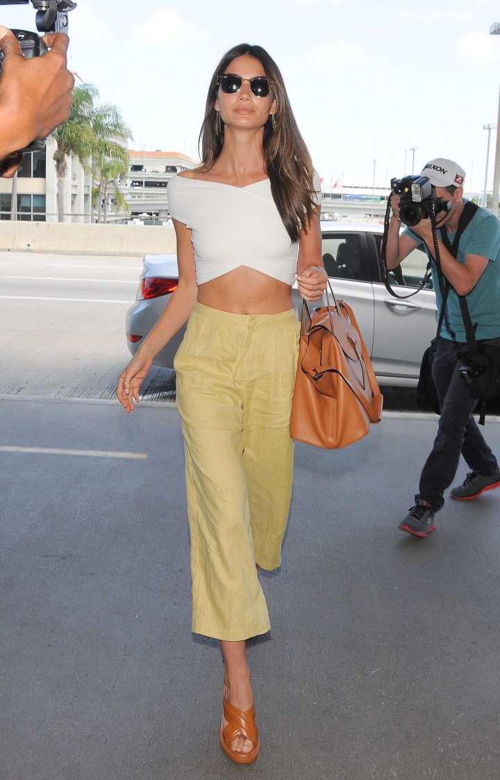 Lily Aldridge – Arriving at LAX airport in Los Angeles