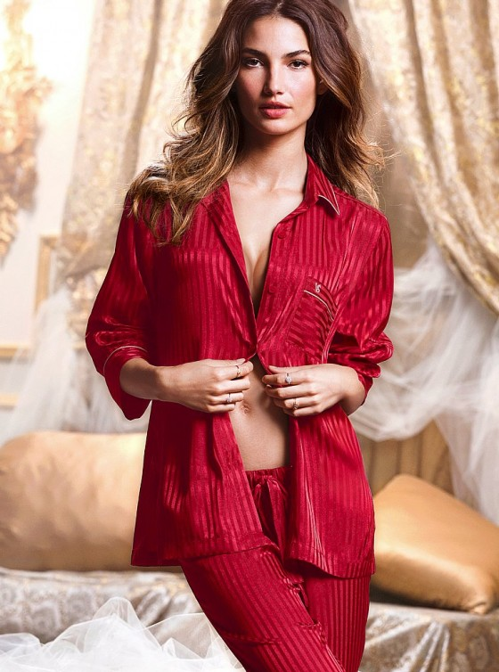 Lily Aldridge: Victorias Secret Holiday 2013 -15