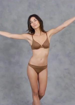 Lily Aldridge: Victorias Secret T-Shirt Bra-09