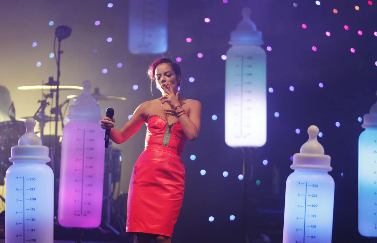 Lily Allen 2014 : Lily Allen – 2014 Indian Summer Festival in the Netherlands -11