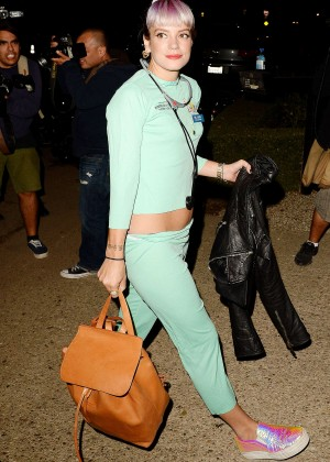 Lily Allen - Arriving at Kate Hudson's Halloween Bash in Brentwood