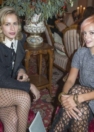 Lily Allen: Chanel Metiers dArt Collection 20115 Paris-Salzburg -06