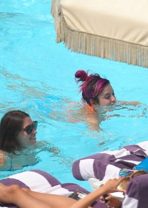 Lily Allen in bikini -11