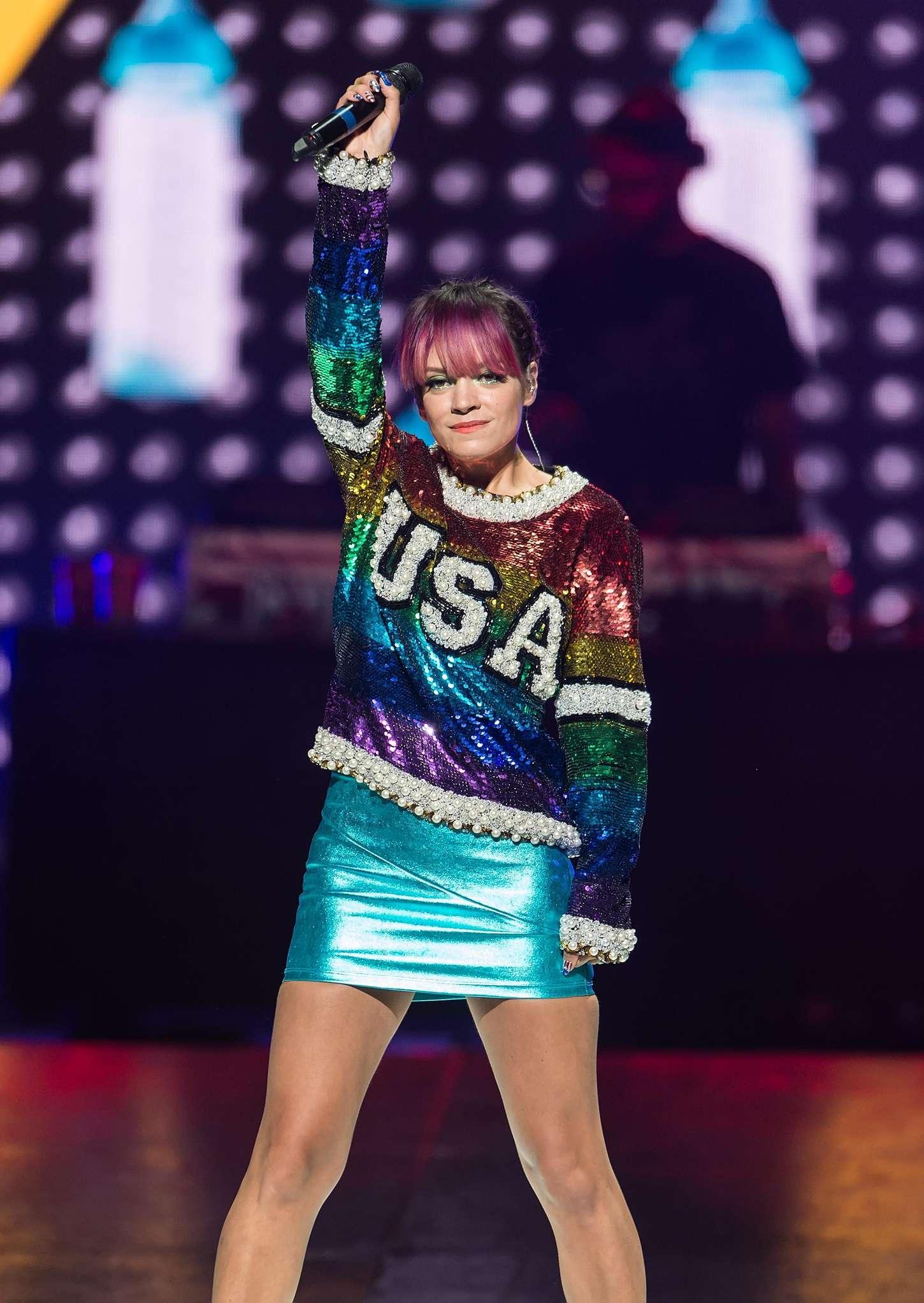 Lily Allen 2014 : Lily Allen Performs Live in Philadelphia -04