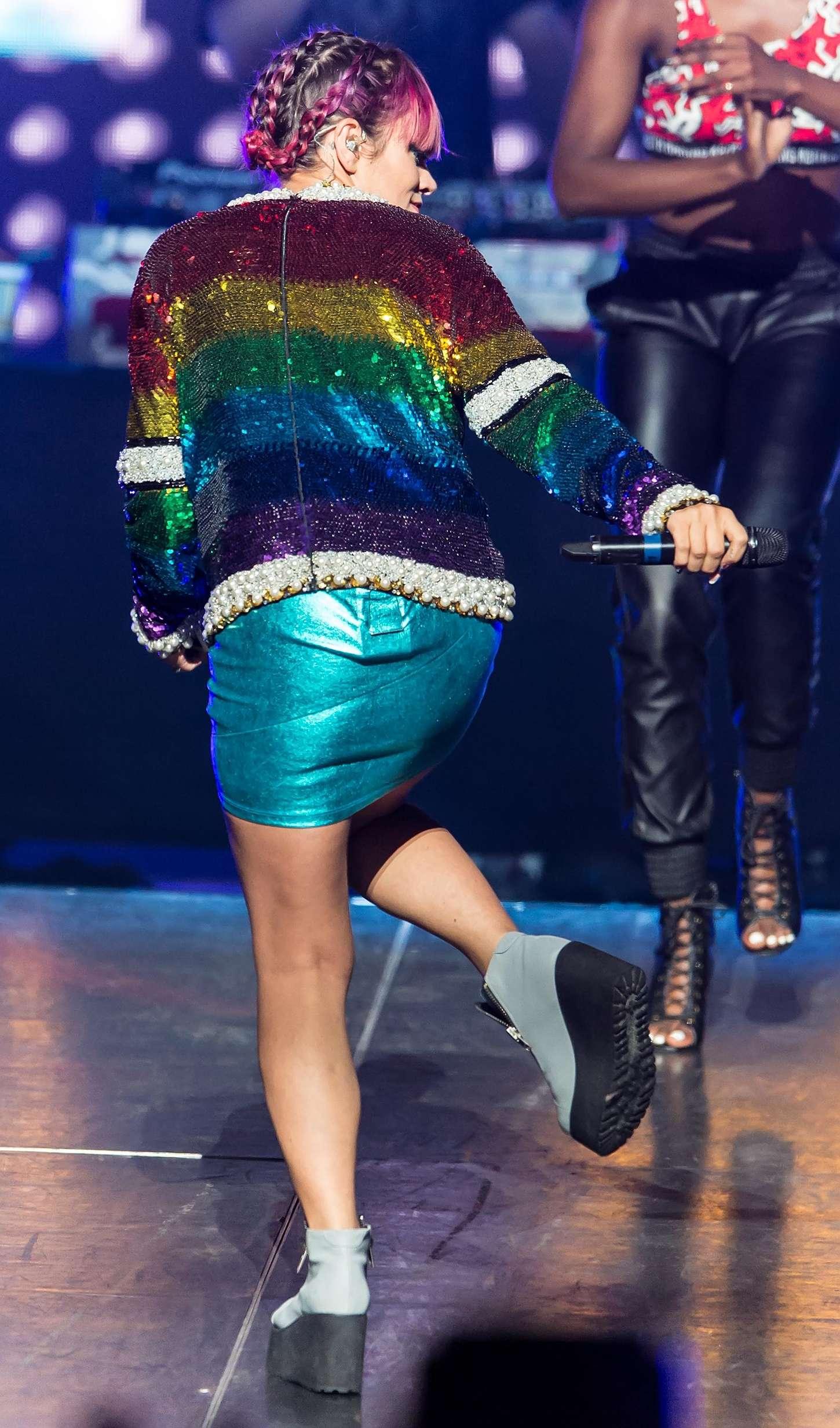 Lily Allen 2014 : Lily Allen Performs Live in Philadelphia -11