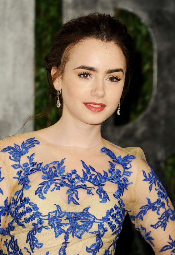 Lily Collins at Vanity Fair Oscar Party 2012-06