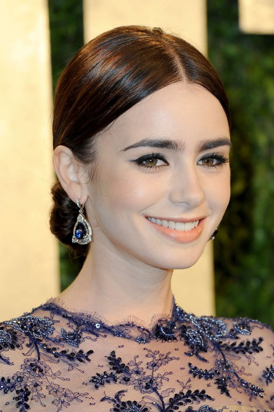 Lily Collins – Oscar 2013 – Vanity Fair Party -02