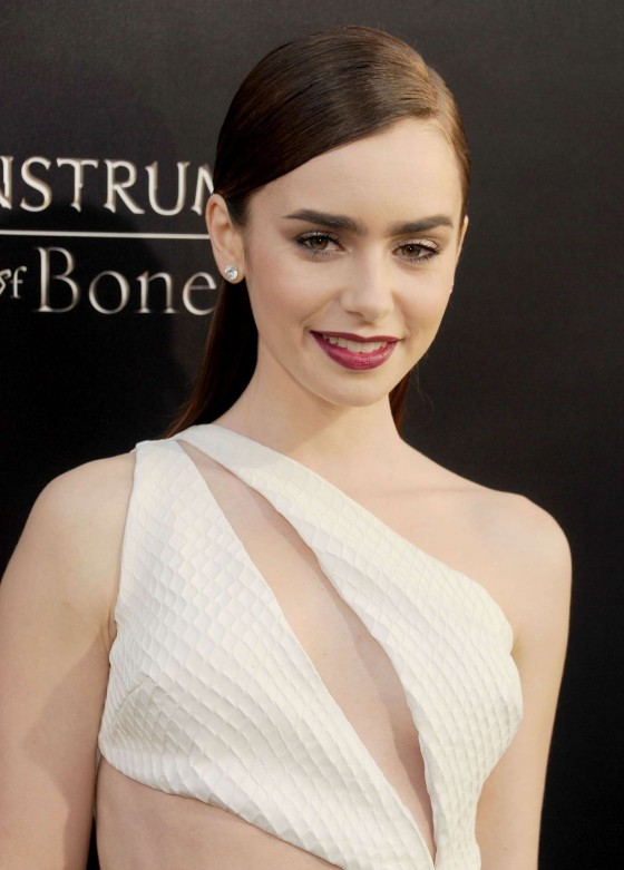 Lily Collins – The Mortal Instruments City Of Bones premiere -11