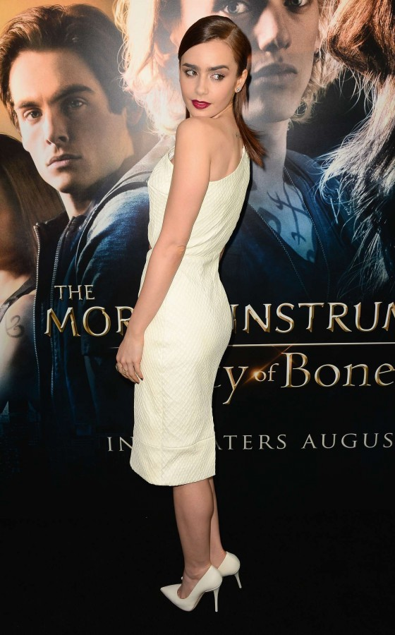 Lily Collins – The Mortal Instruments City Of Bones premiere -14