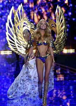 Lindsay Ellingson: 2014 VS Fashion Show Runway -07