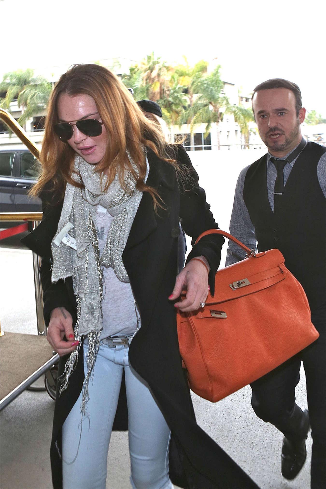 Lindsay Lohan 2015 : Lindsay Lohan at JFK Airport -09