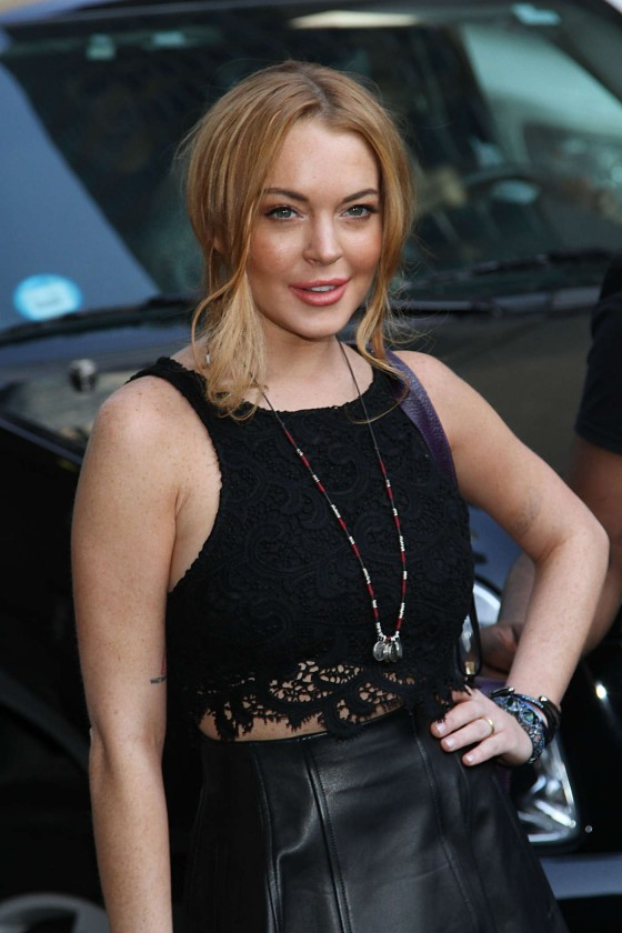 Lindsay Lohan 2013 : Lindsay Lohan Arrives at Late Show with David Letterman in New York City -21