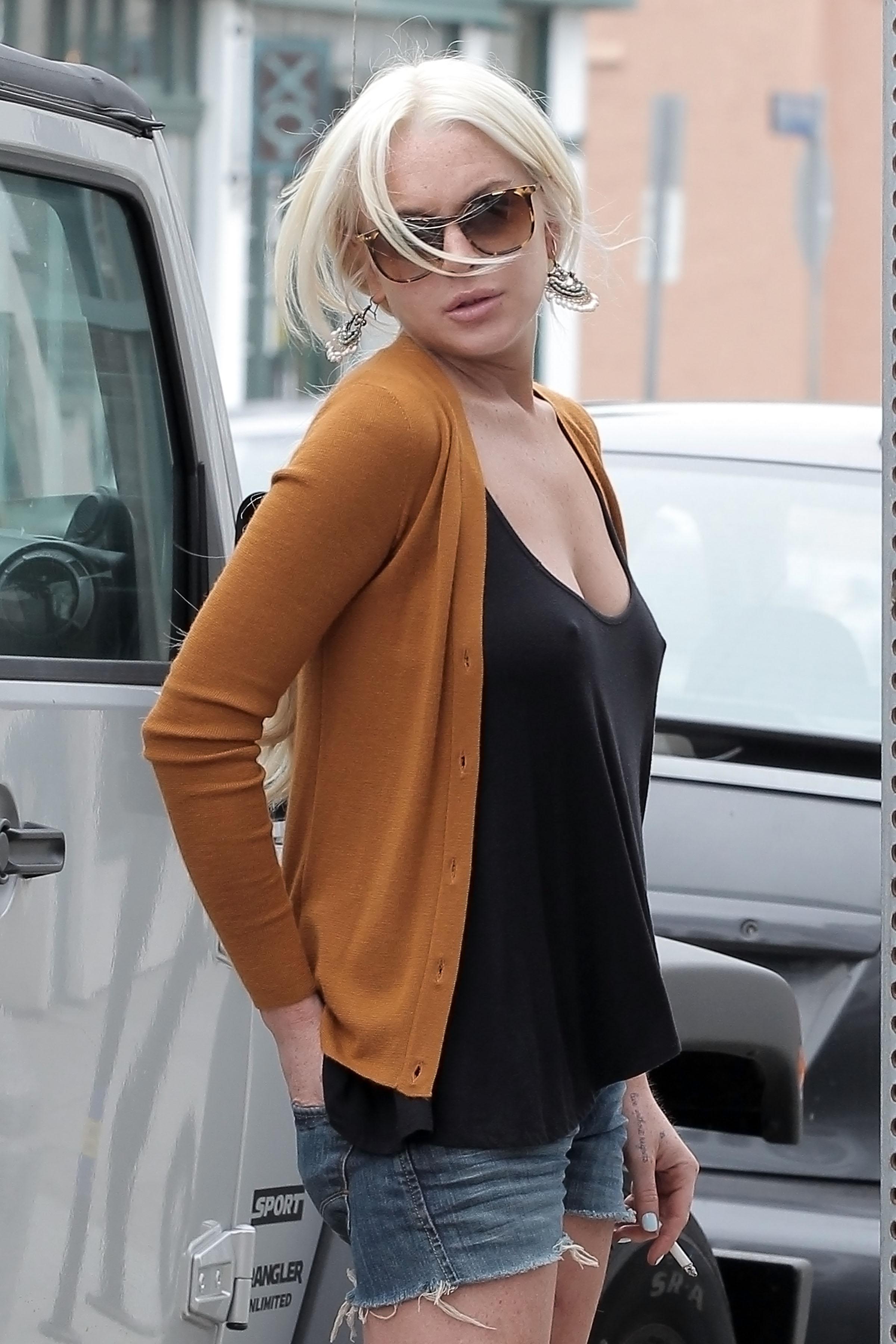 Lindsay Lohan Candids In Venice Beach 17 GotCeleb