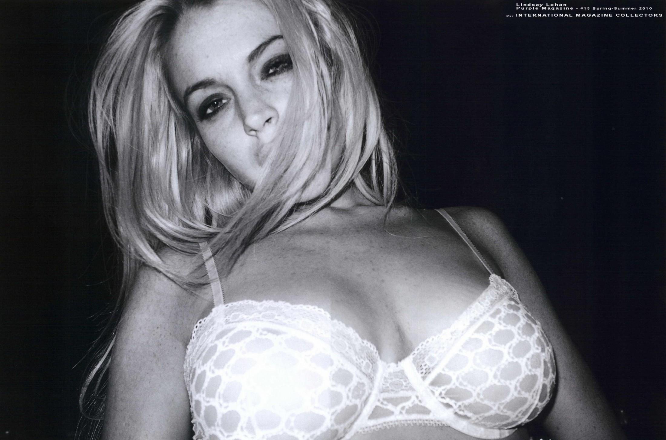 Lindsay Lohan 2010 : lindsay-lohan-in-purple-magazine-2010-07