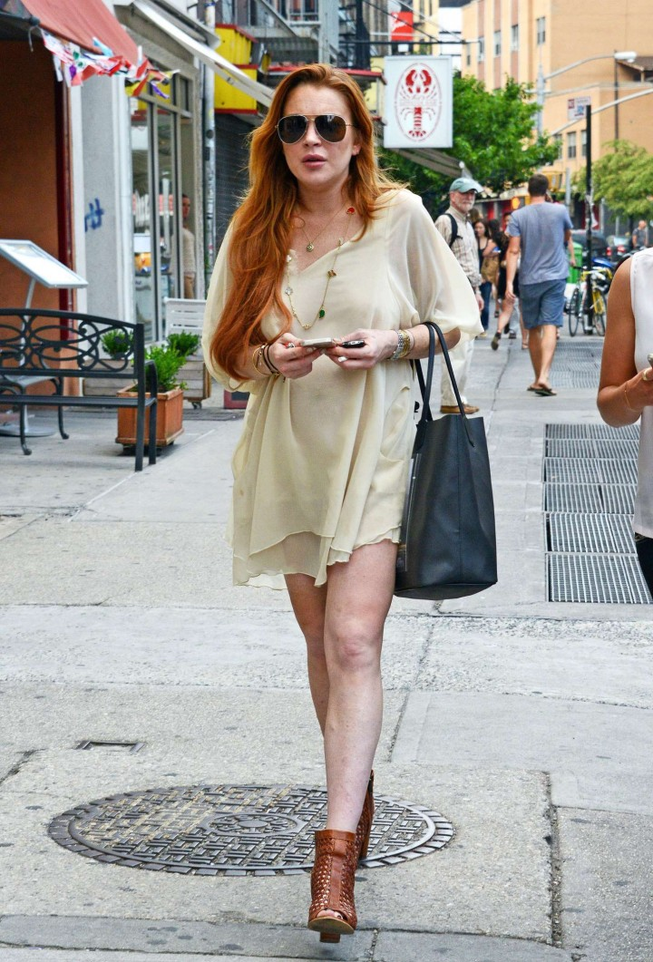 Lindsay Lohan Out and About in New York City -02