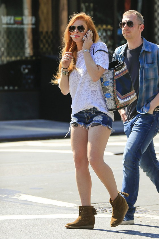 lindsay lohan photos in shorts out in soho