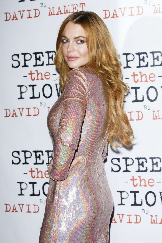 "Lindsay Lohan - ""Speed The Plow"" Press Night in London"