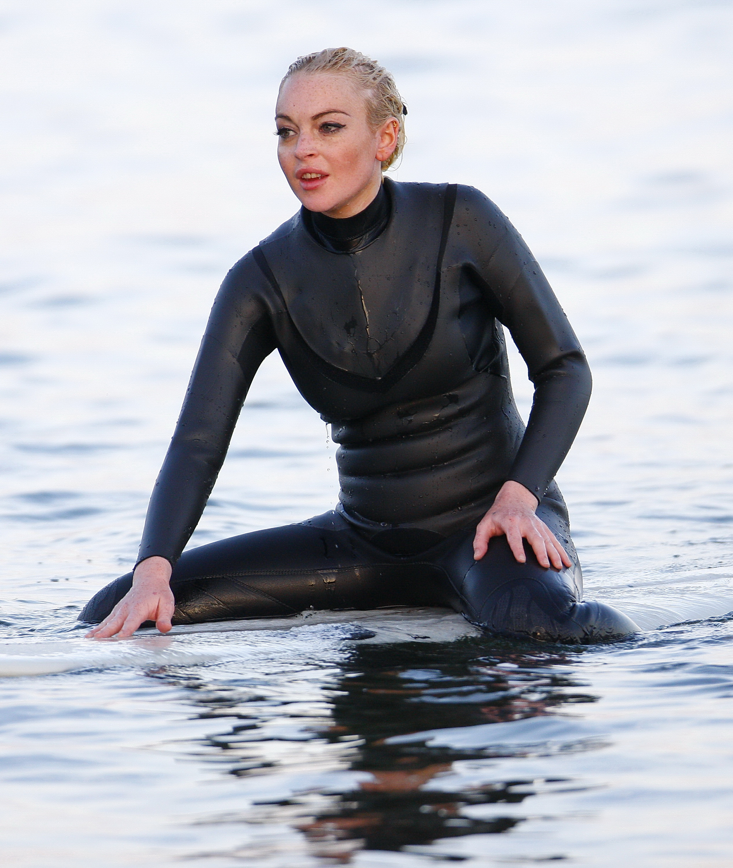 facial-milf-lindsay-wagner-in-wetsuit-first-anal