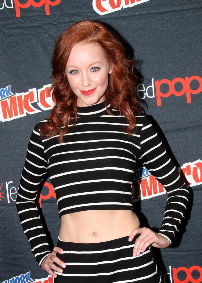 Lindy Booth - Promoting The Librarians at New York Comic Con in NYC