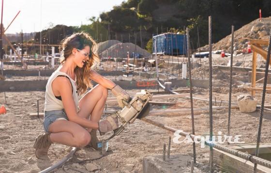Lisalla Montenegro - Esquire 2013-01