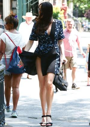 Liv Tyler hot on street -01