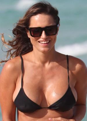 Lola Ponce in a Bikini in Miami-03