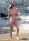Lola Ponce In a Bikini -26
