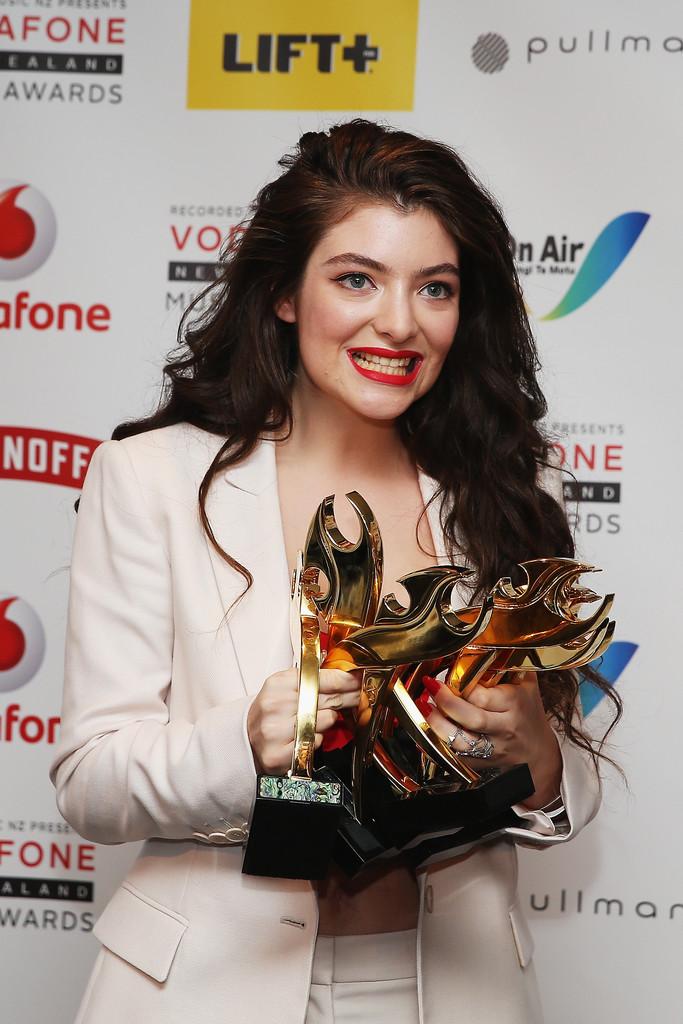 Lorde 2014 : Lorde: 2014 New Zealand Music Awards -04