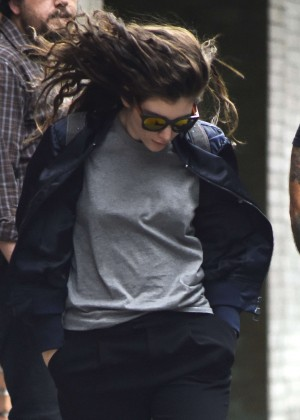 Lorde - Leaving the Bowery Hotel in NYC