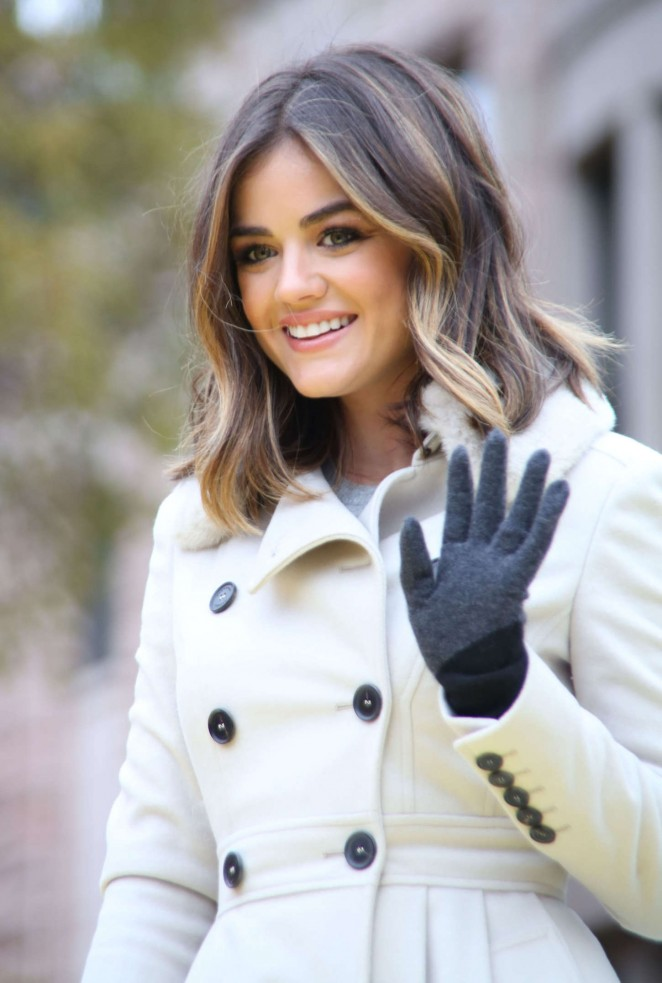 Lucy Hale: 2014 Macys Thanksgiving Day Parade -02