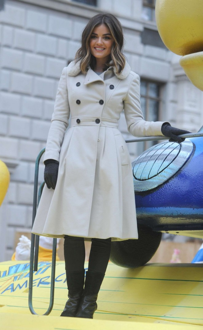 Lucy Hale: 2014 Macys Thanksgiving Day Parade -06