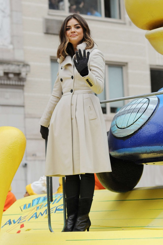 Lucy Hale: 2014 Macys Thanksgiving Day Parade -14