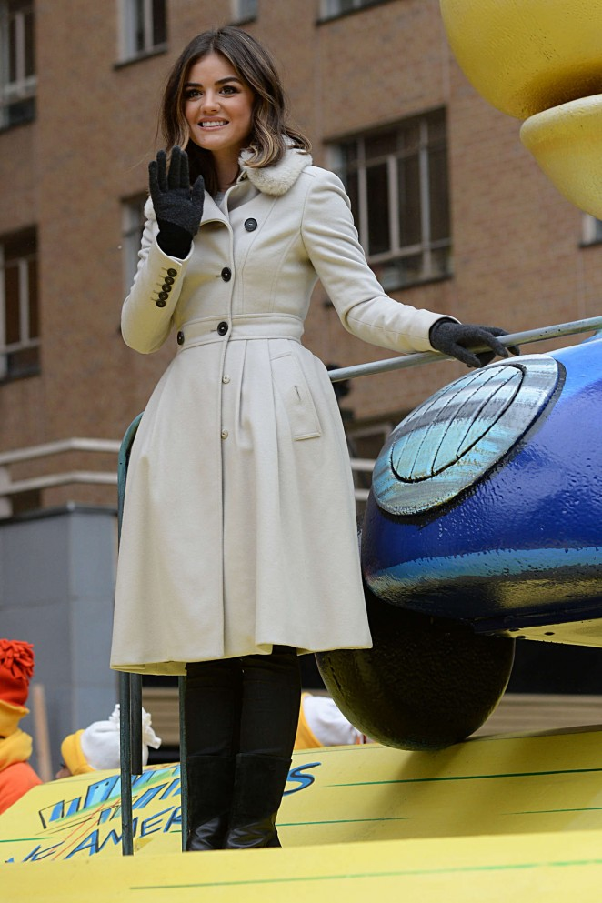 Lucy Hale: 2014 Macys Thanksgiving Day Parade -15