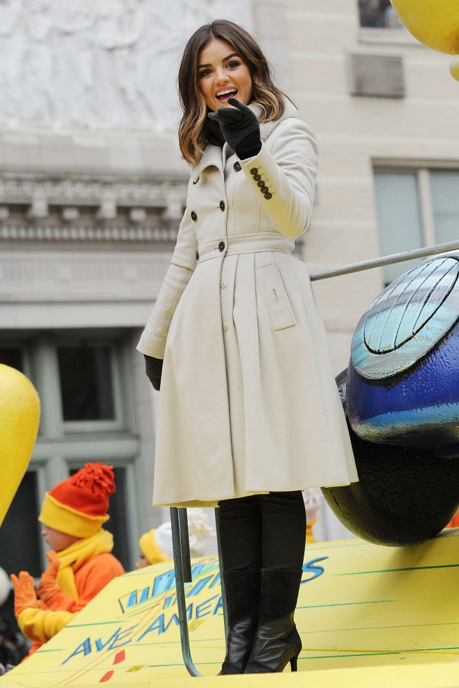 Lucy Hale: 2014 Macys Thanksgiving Day Parade -19