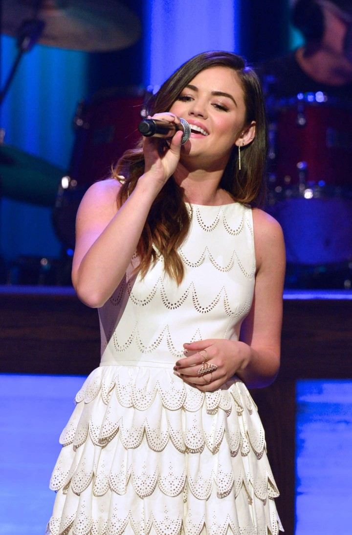 Lucy Hale – Performs Live at The Grand Ole Opry in Nashville