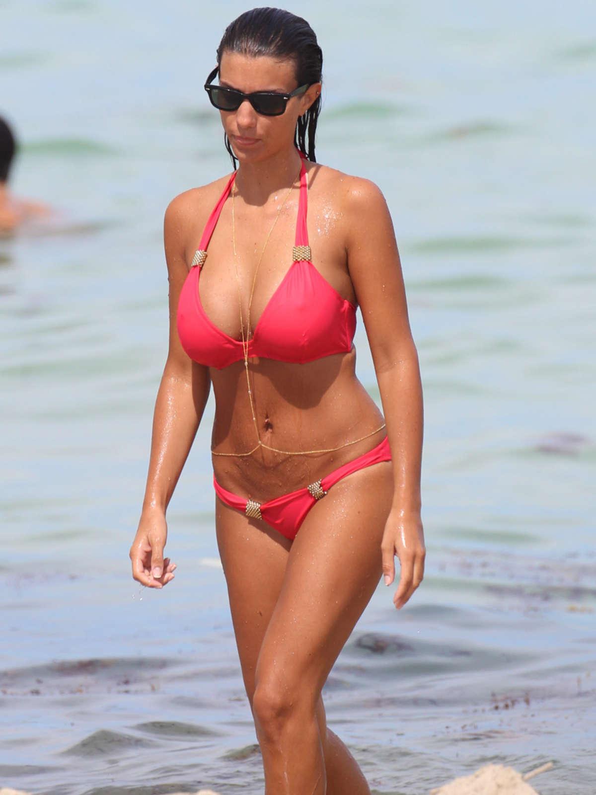 Leaked Ludivine Kadri Sagna nudes (16 photos), Tits, Cleavage, Feet, cleavage 2017