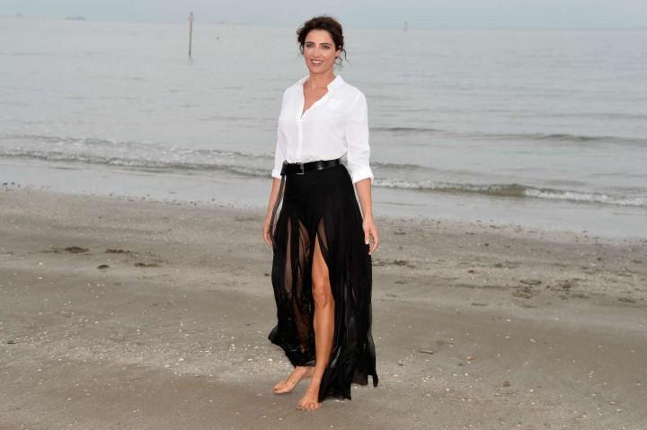 Luisa Ranieri – 2014 Venice Film Festival Photocall -01
