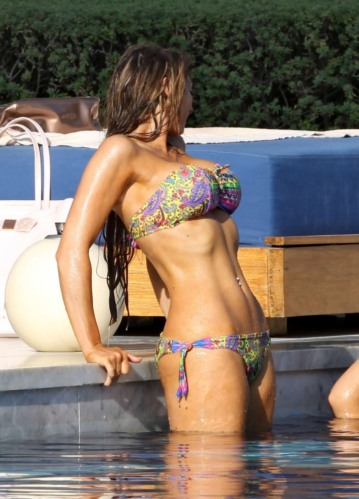 Luisa Zissman Bikini Photos: 2014 in Spain -05