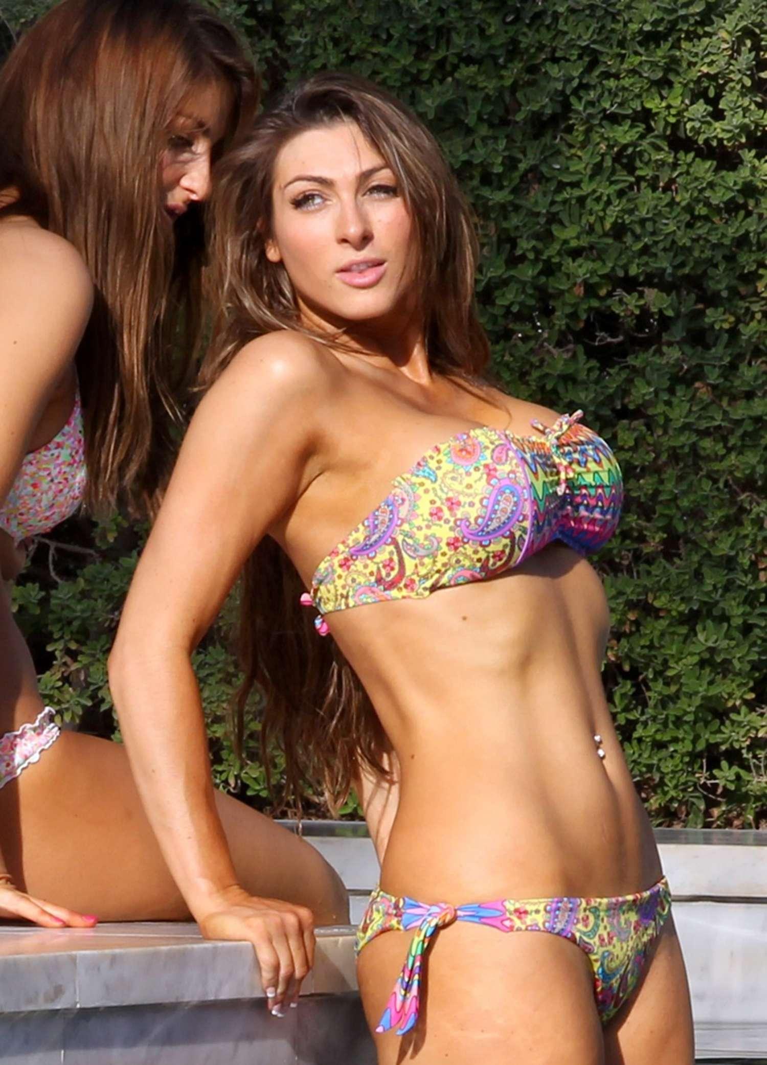luisa zissman bikini photos 2014 in spain  13   gotceleb