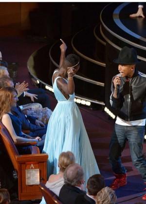 Oscar 2014: Lupita Nyongo -01