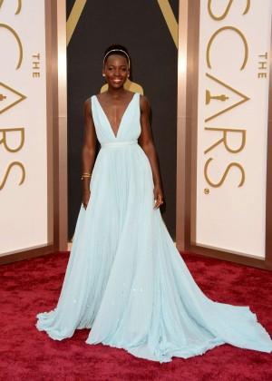 Oscar 2014: Lupita Nyongo -06