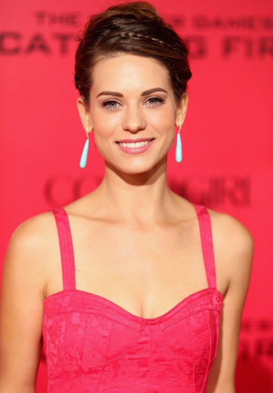 Lyndsy Fonseca - The Hunger Games: Catching Fire Hollywood Premiere -02