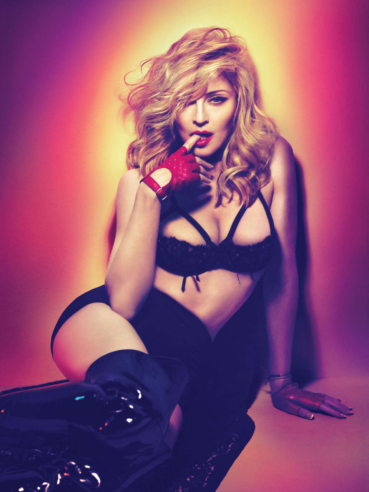 Watch Madonna sexy photos video