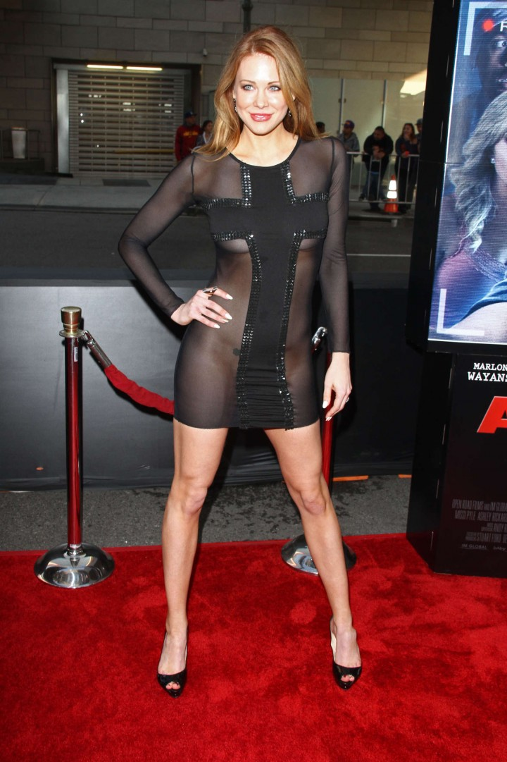 Maitland Ward: A Haunted House 2 premiere -11