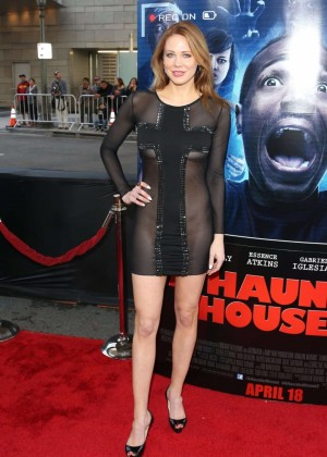 Maitland Ward: A Haunted House 2 premiere -17