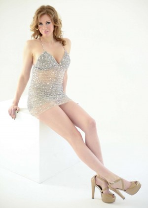 Maitland Ward - The Starving Artists Project Portraits 2014