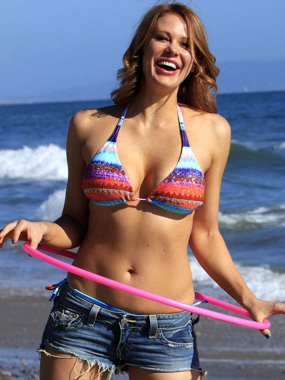 Hula La Bikini
